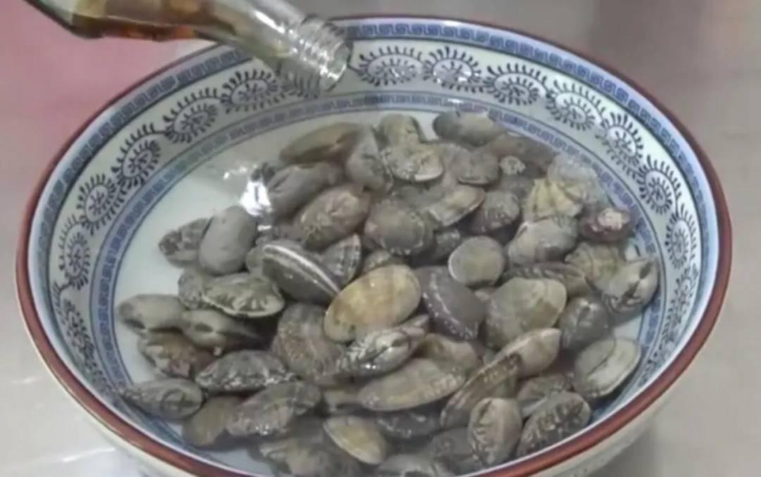 贝类海鲜的做法之香辣花甲2.webp.jpg